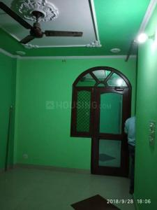 Gallery Cover Image of 650 Sq.ft 1 BHK Independent Floor for rent in Sector 19 for 12000