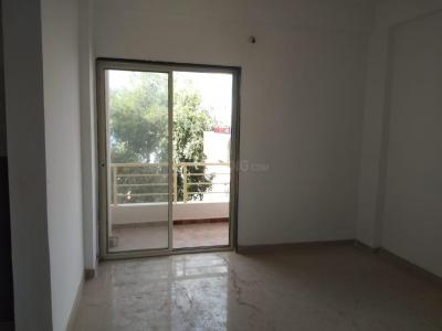 Gallery Cover Image of 614 Sq.ft 1 BHK Independent Floor for buy in Hadapsar for 2100000