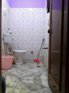 Bathroom Image of PG 4035803 Pul Prahlad Pur in Pul Prahlad Pur