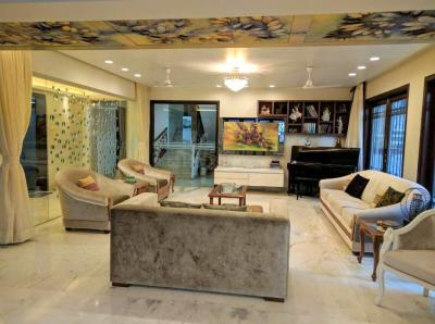 Gallery Cover Image of 6500 Sq.ft 5 BHK Independent House for buy in Bandra West for 280000000