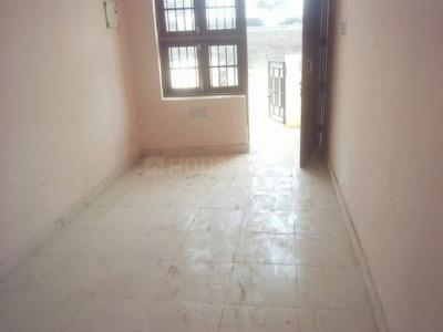 Gallery Cover Image of 540 Sq.ft 1 BHK Independent Floor for buy in Sector 84 for 700000