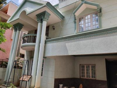 Gallery Cover Image of 2400 Sq.ft 4 BHK Independent House for rent in Kamanahalli for 75000