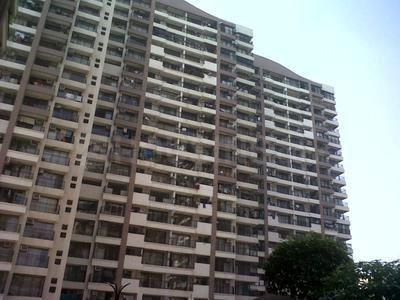 Gallery Cover Image of 1250 Sq.ft 2 BHK Apartment for buy in Raheja Maple Leaf, Powai for 20500000