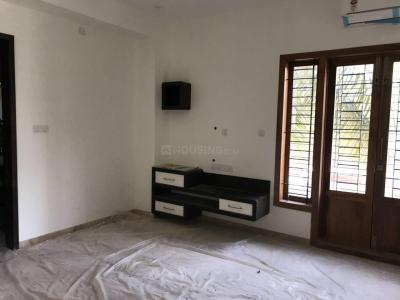 Gallery Cover Image of 1200 Sq.ft 2 BHK Apartment for rent in Indira Nagar for 34000