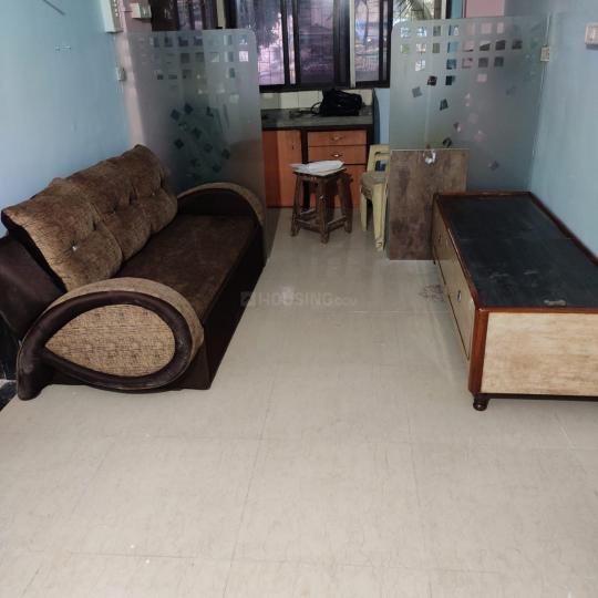 भायंदर ईस्ट में पीजी फॉर मेल्स/बॉइज़ इन भायंदर ईस्ट के हॉल की तस्वीर