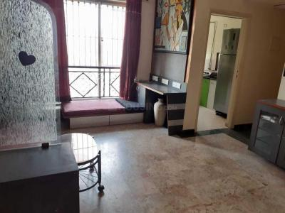 Gallery Cover Image of 630 Sq.ft 1 BHK Apartment for rent in Hiranandani Estate for 26000