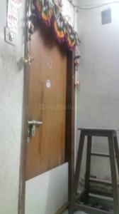 Gallery Cover Image of 350 Sq.ft 1 RK Apartment for rent in Malad West for 22000