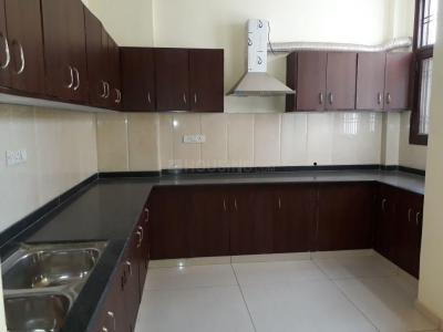Gallery Cover Image of 1400 Sq.ft 3 BHK Apartment for buy in Mansarovar for 3800000