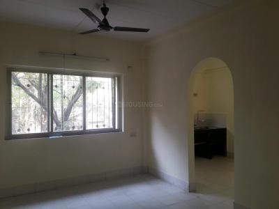 Gallery Cover Image of 810 Sq.ft 2 BHK Apartment for buy in Goregaon East for 15500000