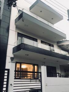 Gallery Cover Image of 1550 Sq.ft 3 BHK Independent Floor for rent in Tagore Garden Extension for 32500