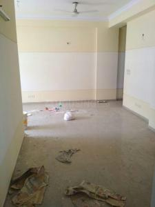 Gallery Cover Image of 1825 Sq.ft 3 BHK Apartment for rent in Amrapali Royal, Vaibhav Khand for 16000