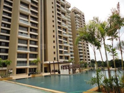 Gallery Cover Image of 3000 Sq.ft 4 BHK Apartment for rent in RMV Extension Stage 2 for 110000