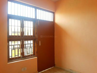 Gallery Cover Image of 450 Sq.ft 1 BHK Independent Floor for buy in Sector 57 for 2000000