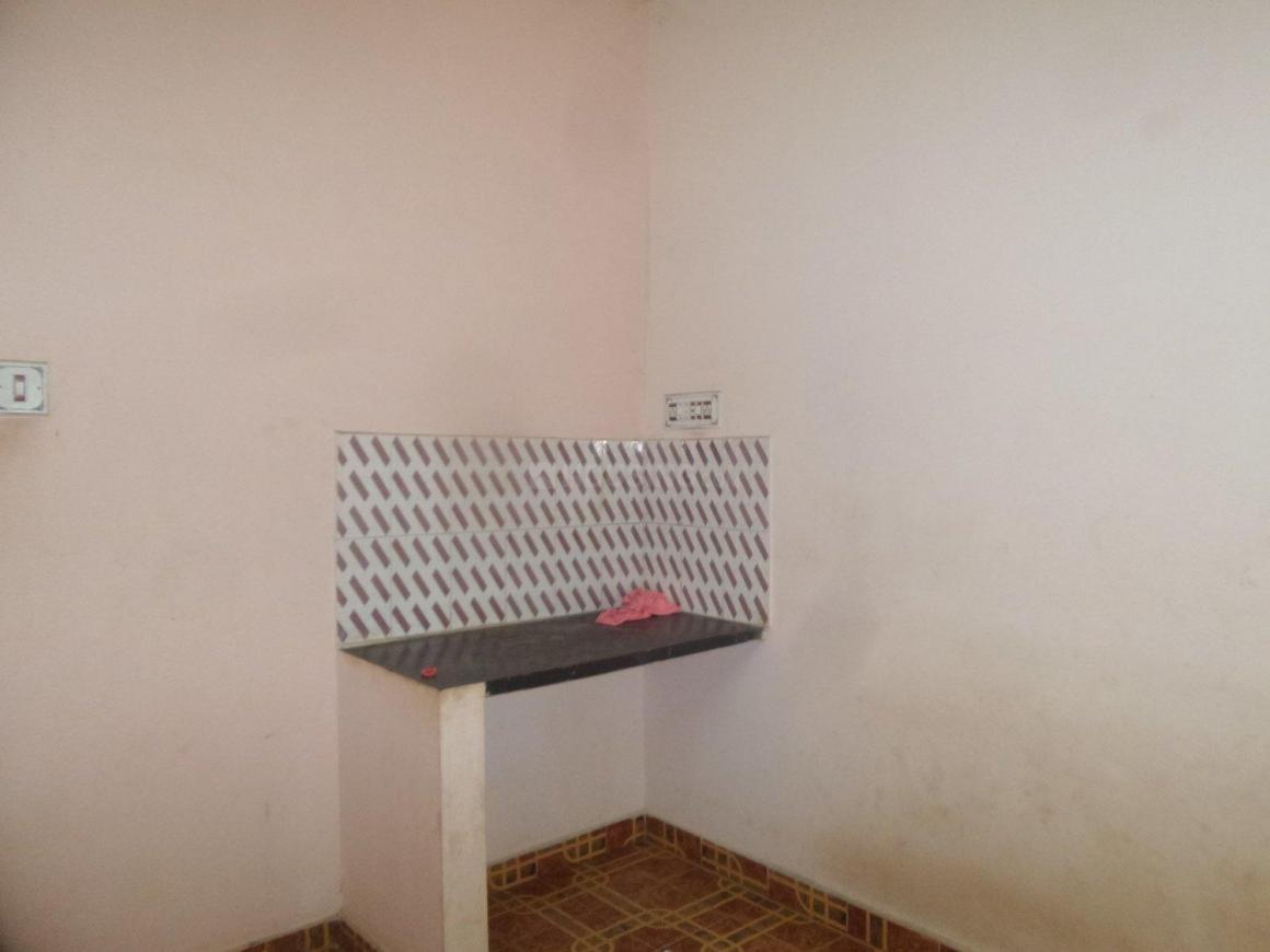 Kitchen Image of 150 Sq.ft 1 RK Apartment for rent in Kaval Byrasandra for 4500