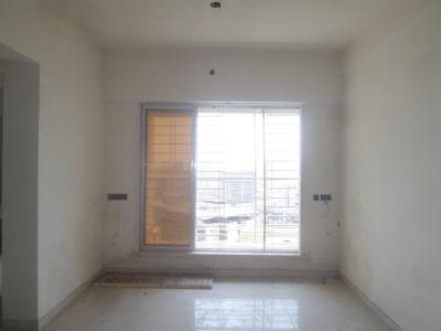 Gallery Cover Image of 735 Sq.ft 1 BHK Apartment for rent in Mira Road East for 16500