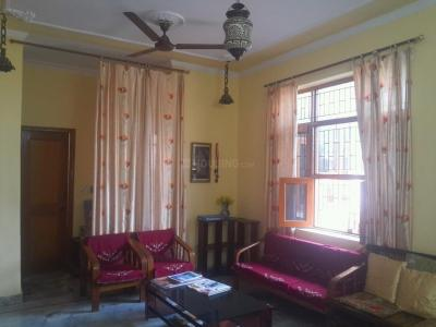 Gallery Cover Image of 1600 Sq.ft 3 BHK Independent Floor for buy in Sector 10 DLF for 7500000