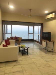 Gallery Cover Image of 1500 Sq.ft 2 BHK Apartment for rent in Mahalakshmi Nagar for 165000