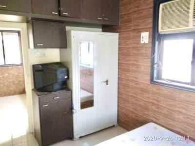 Gallery Cover Image of 760 Sq.ft 2 BHK Apartment for rent in Vile Parle East for 58000