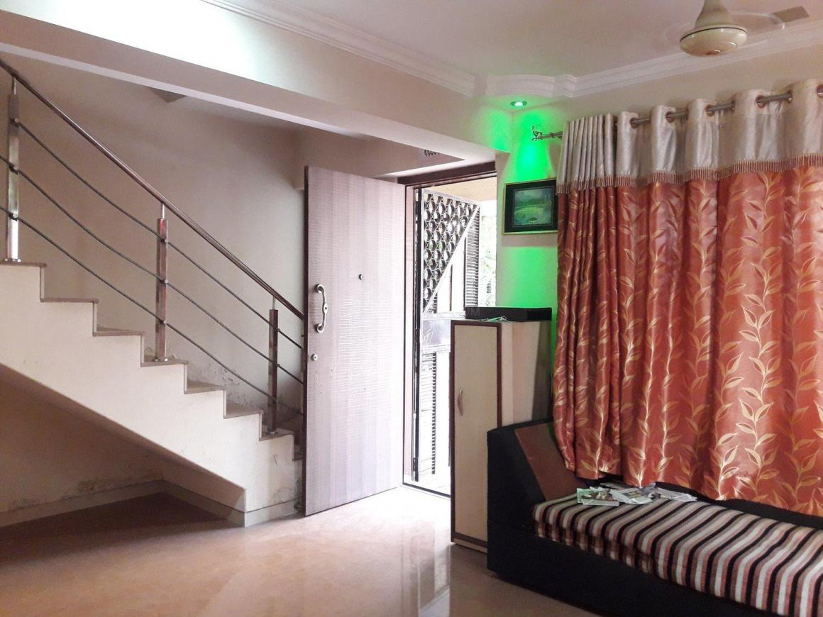 Living Room Image of 2600 Sq.ft 3 BHK Independent House for buy in Kasarvadavali, Thane West for 16000000