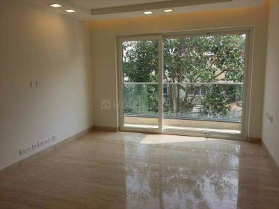 Gallery Cover Image of 2000 Sq.ft 3 BHK Independent Floor for buy in Sarvodaya Enclave for 35000000