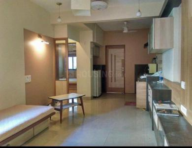 Gallery Cover Image of 1200 Sq.ft 2 BHK Apartment for rent in Lower Parel for 95000