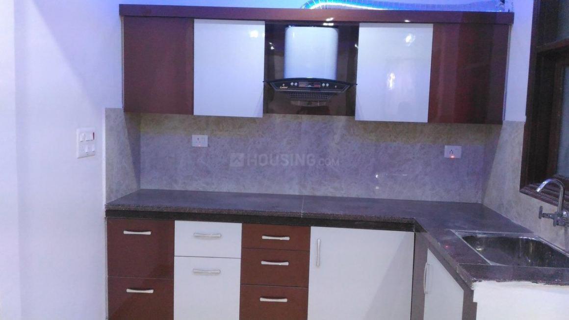 Kitchen Image of 850 Sq.ft 3 BHK Independent Floor for buy in Uttam Nagar for 4600000