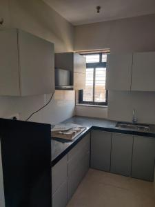 Gallery Cover Image of 550 Sq.ft 1 BHK Apartment for buy in Mahim for 19900000