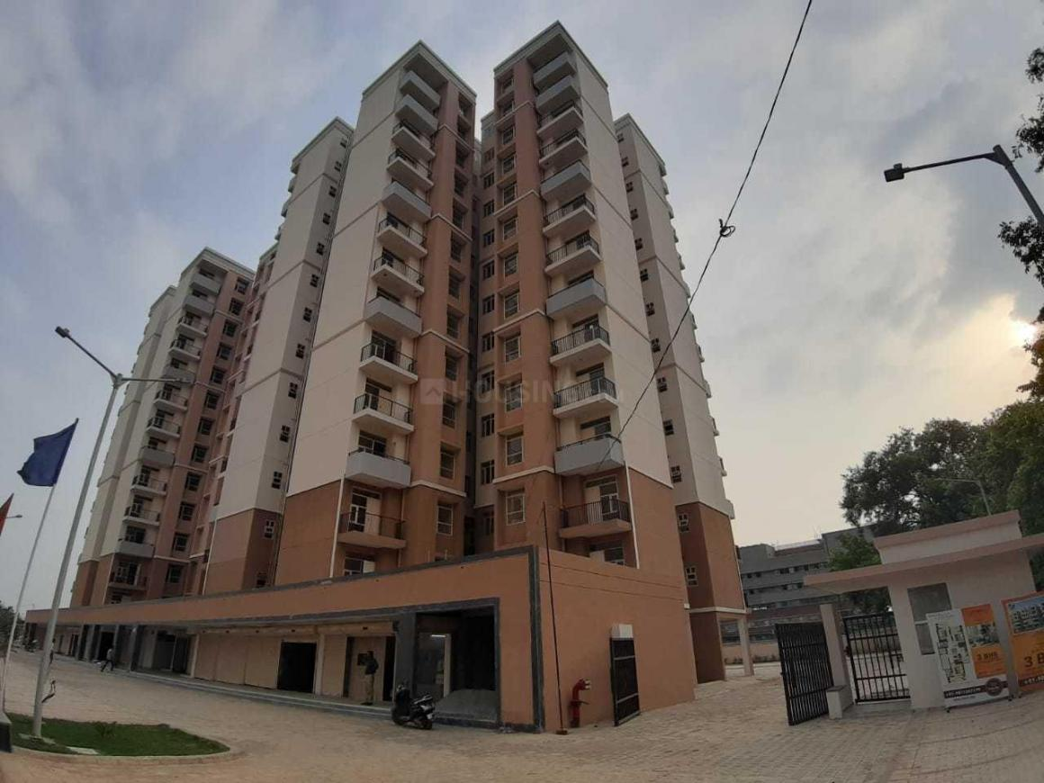 Building Image of 525 Sq.ft 1 BHK Apartment for buy in Sector 82 for 1475000
