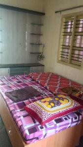 Bedroom Image of Slv PG in Kalyan Nagar