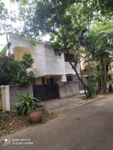 Gallery Cover Image of 3500 Sq.ft 3 BHK Independent House for rent in Indira Nagar for 130000