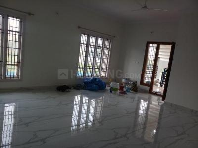 Gallery Cover Image of 1700 Sq.ft 3 BHK Independent Floor for rent in Sultan Court, Hebbal for 22000