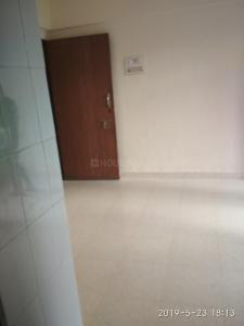 Gallery Cover Image of 575 Sq.ft 1 BHK Apartment for rent in Goregaon East for 25000