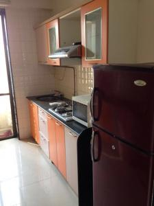 Gallery Cover Image of 1050 Sq.ft 2 BHK Apartment for rent in Airoli for 32500