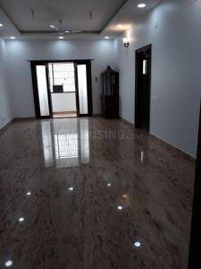 Gallery Cover Image of 2000 Sq.ft 3 BHK Apartment for rent in Adyar for 55000