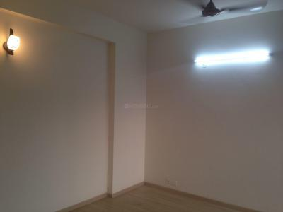 Gallery Cover Image of 2550 Sq.ft 3 BHK Apartment for rent in DLF Phase 3 for 75000