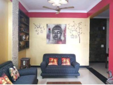 Gallery Cover Image of 1650 Sq.ft 4 BHK Apartment for rent in Express Garden, Vaibhav Khand for 25000