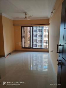 Gallery Cover Image of 950 Sq.ft 2 BHK Apartment for rent in Runwal Garden City, Thane West for 20000
