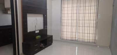 Gallery Cover Image of 550 Sq.ft 1 BHK Apartment for rent in Chandak Sparkling Wings, Dahisar East for 19000
