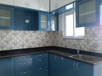 Gallery Cover Image of 1620 Sq.ft 3 BHK Apartment for rent in Narsingi for 20000