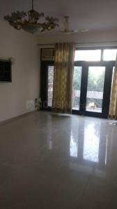 Gallery Cover Image of 1800 Sq.ft 3 BHK Apartment for rent in Garhi for 50000