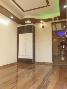 Gallery Cover Image of 1100 Sq.ft 2 BHK Apartment for buy in Govindpuram for 2305000