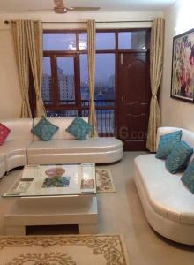 Gallery Cover Image of 3600 Sq.ft 4 BHK Apartment for rent in Zeta I Greater Noida for 50000