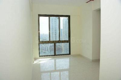 Gallery Cover Image of 850 Sq.ft 2 BHK Apartment for rent in Wadhwa Atmosphere Phase 1, Mulund West for 36000