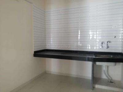 Gallery Cover Image of 850 Sq.ft 2 BHK Apartment for rent in Lohegaon for 10000