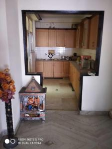 Gallery Cover Image of 1660 Sq.ft 3 BHK Apartment for rent in Vaibhav Khand for 20000