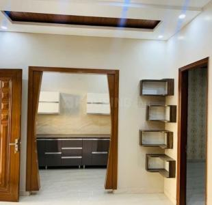 Gallery Cover Image of 2250 Sq.ft 3 BHK Independent Floor for buy in Sector 75 for 6800000