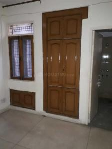 Gallery Cover Image of 1900 Sq.ft 3 BHK Apartment for rent in Sector 9 Dwarka for 28000