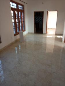 Gallery Cover Image of 1500 Sq.ft 2 BHK Independent Floor for rent in Talab Tillo for 9000
