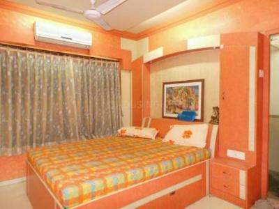 Gallery Cover Image of 1120 Sq.ft 3 BHK Apartment for rent in Kandivali East for 34000
