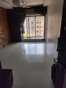Gallery Cover Image of 700 Sq.ft 2 BHK Apartment for rent in Rajhans Dreams, Vasai West for 15000